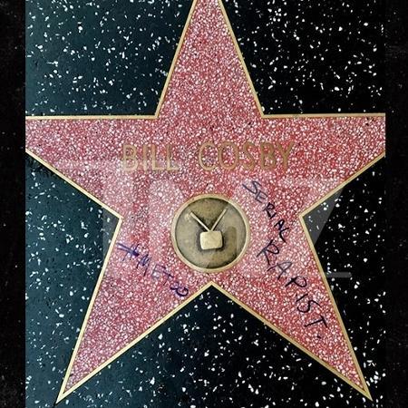 Estrela de Bill Cosby é pichada - Reprodução/TMZ