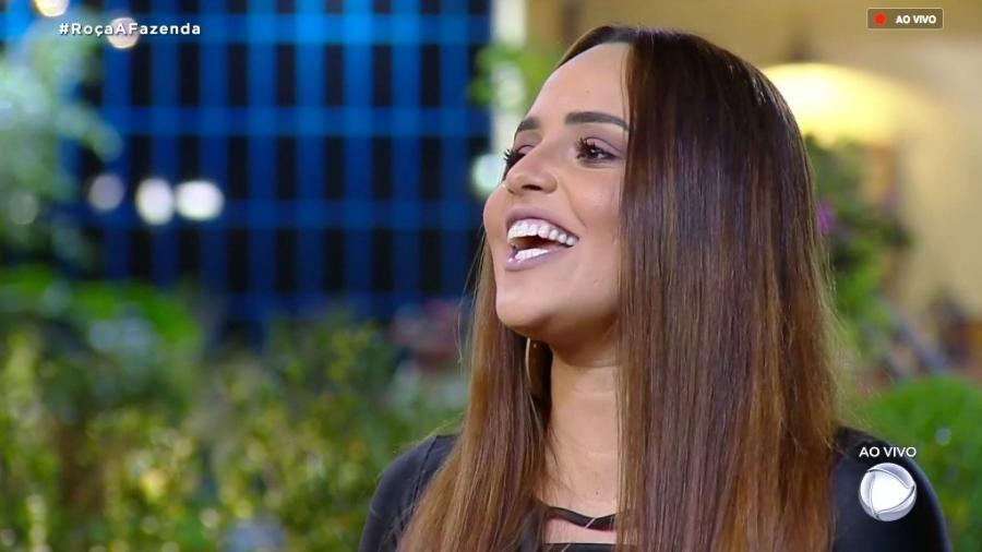 Perlla discute com Rafael Ilha durante programa ao vivo  - Reprodução/RecordTV