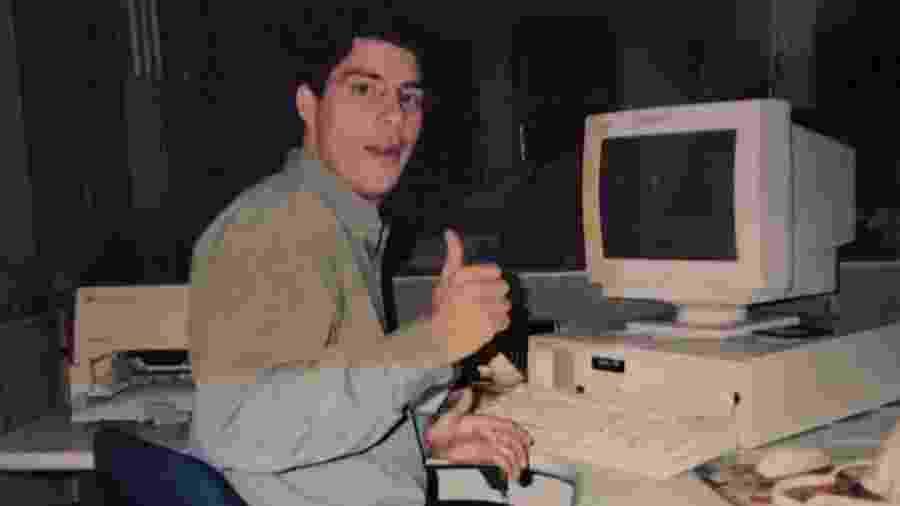 Evaristo Costa em foto de 1994 - Reprodução/Instagram
