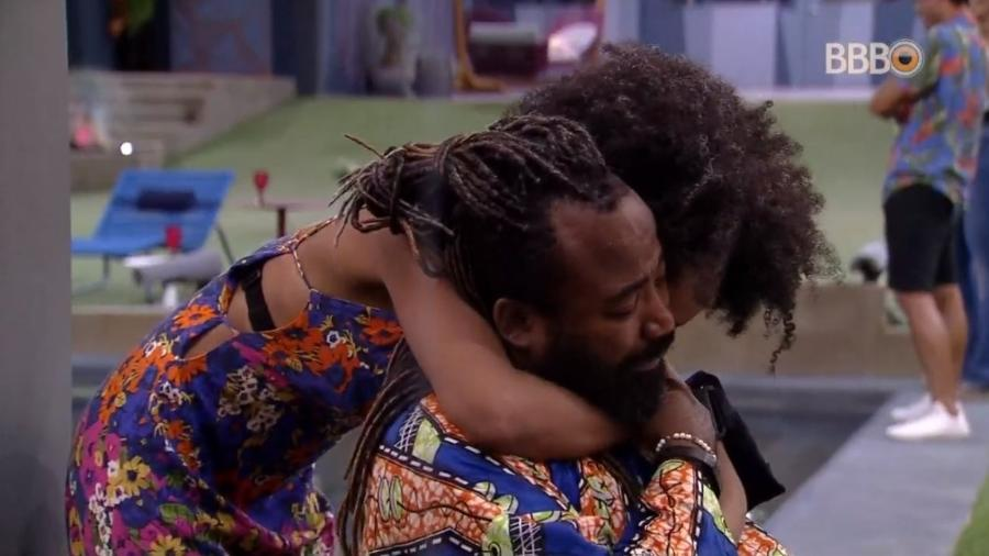 Rodrigo chora após retorno de Gabriela do paredão falso - Reprodução/Globoplay
