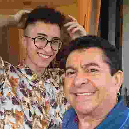 O cantor Solimões e o filho, Gabriel Felizardo - Reprodução/Instagram