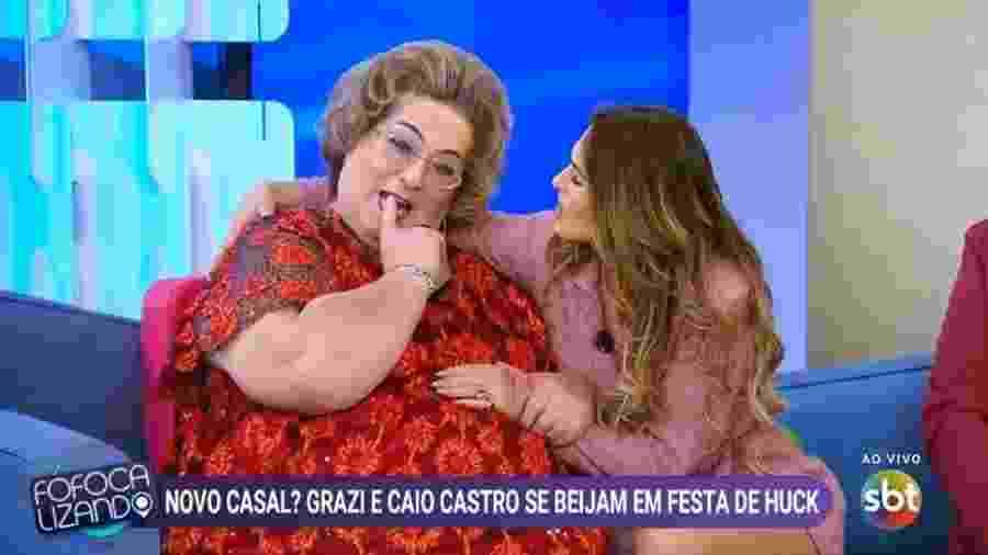 Lívia Andrade e Mamma Bruschetta no Fofocalizando - Reprodução/SBT