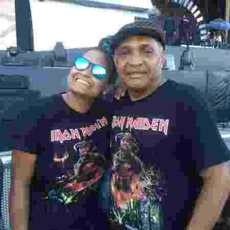 Pai e filha, Aryane Hendrix e Joaquim vieram de Brasília para curtir o Dia do Metal no Rock in Rio - Renata Nogueira/UOL