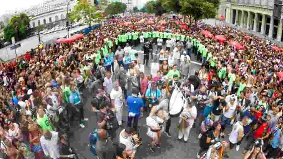 Cordão da Bola Preta levou milhares para a rua no Rio - Marcelo de Jesus/UOL