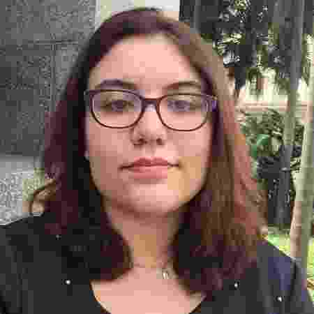 Alessandra perdeu os pais aos 16 anos, levou um golpe e descobriu que era adotada - Acervo pessoal