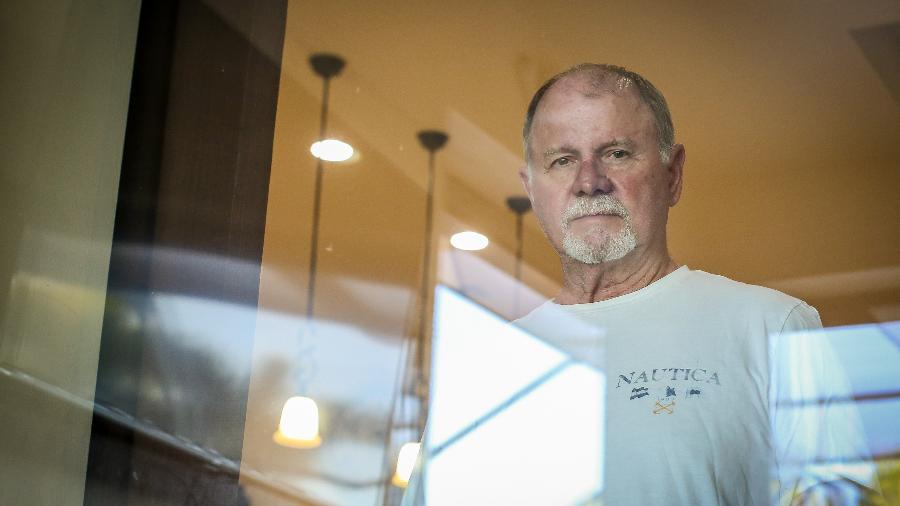 Michael Barker, de 69 anos, se sentiu doente durante as férias nas montanhas do Colorado - AFP