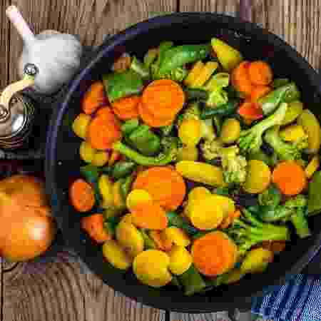 Legumes salteados - iStock - iStock