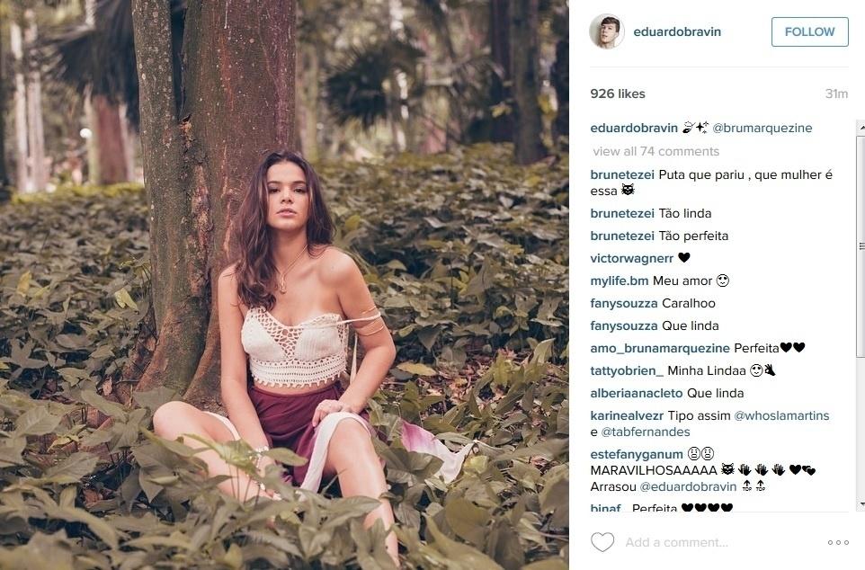 29.jun.2015 - Bruna Marquezine faz pose sensual em ensaio em meio à uma floresta