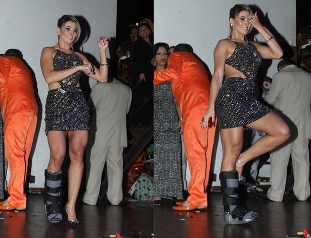 A ex-BBB Fabiana confessou que o pé inchou um pouco, mas voltou a sambar