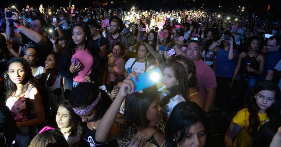 10.out.2015 - Em homenagem ao Dia das Crianças, Anitta apresenta o Show das Poderosinhas no Metropolitan, no Rio
