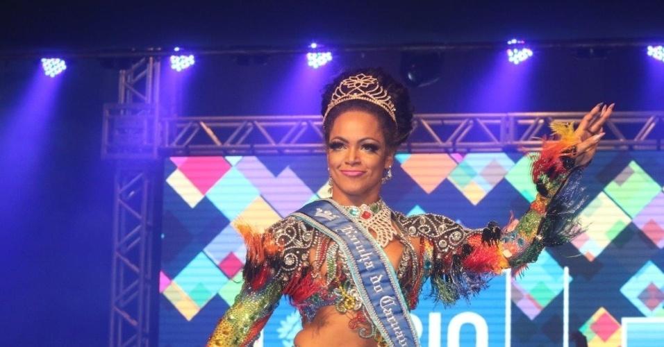 14.nov.2015 - Clara Paixão é nomeada pela segunda vez Rainha de Carnaval