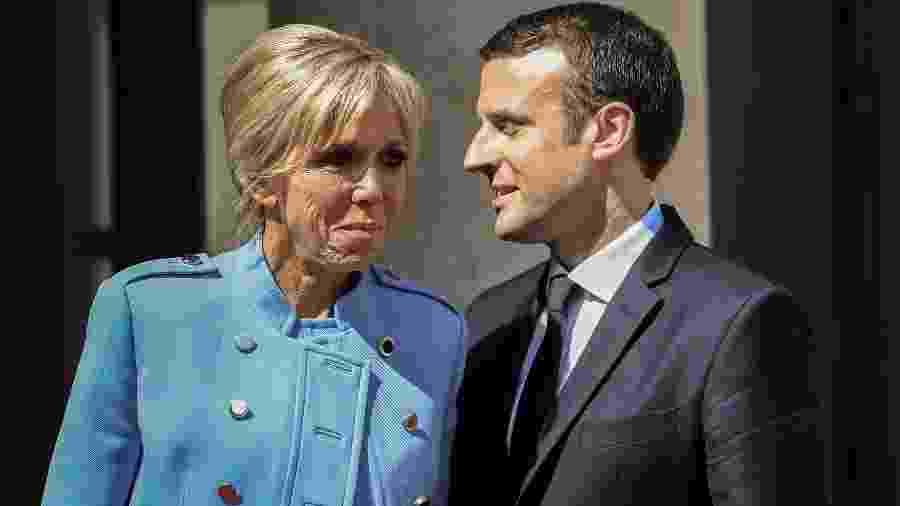A primeira-dama e o presidente durante a cerimônia de posse em Paris, em maio deste ano - AFP/Stephane de Sakutin