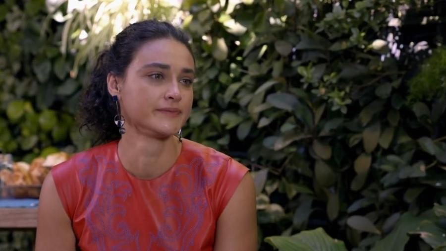 """Débora Nascimento se emociona no """"Vai, Fernandinha"""" - Reprodução"""