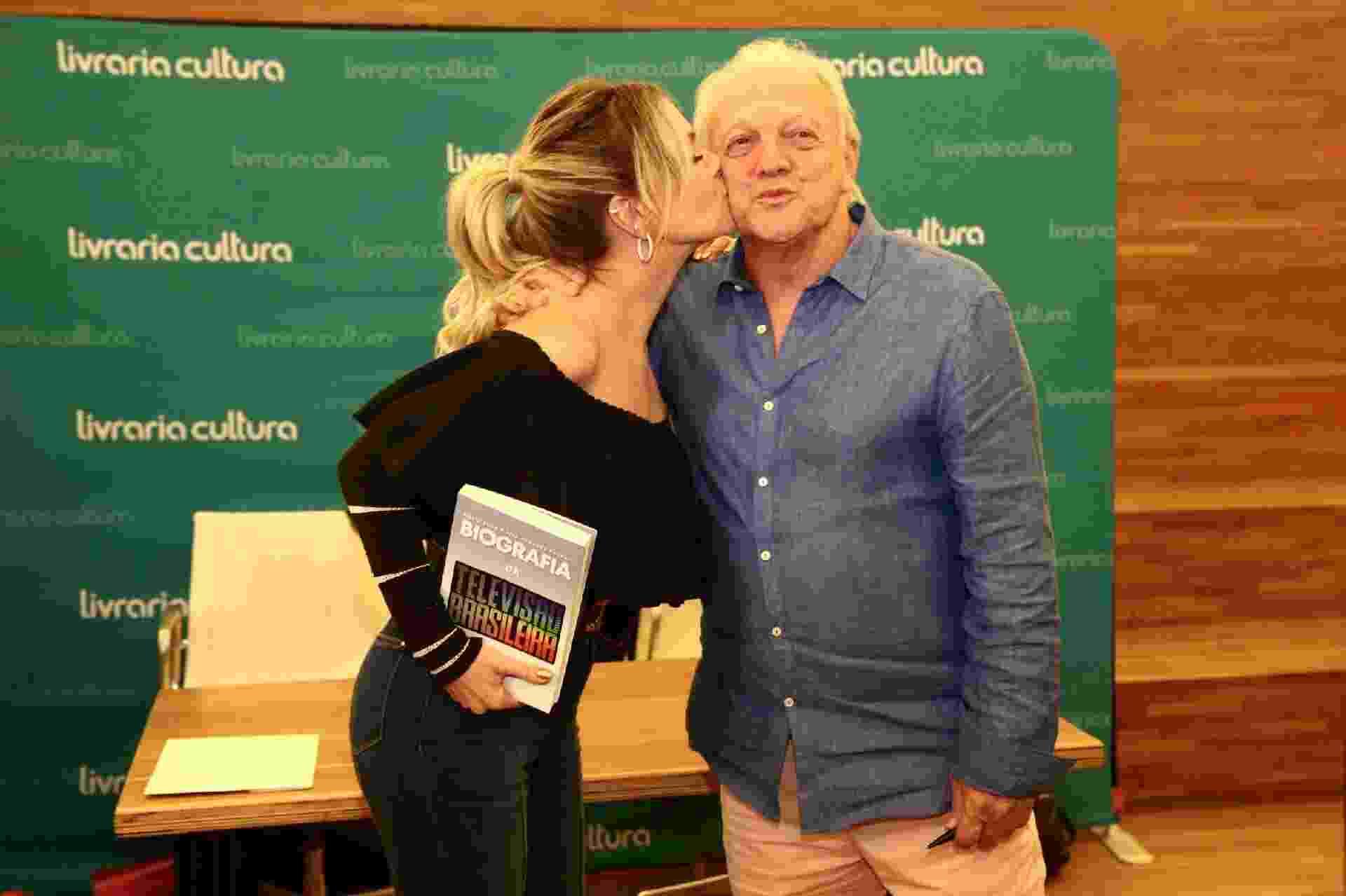 """Famosos prestigiam o lançamento do livro """"Biografia da Televisão Brasileira"""", escrito pelos jornalistas Flávio Ricco e José Armando Vannucci - Manuela Scarpa/Brazil News"""