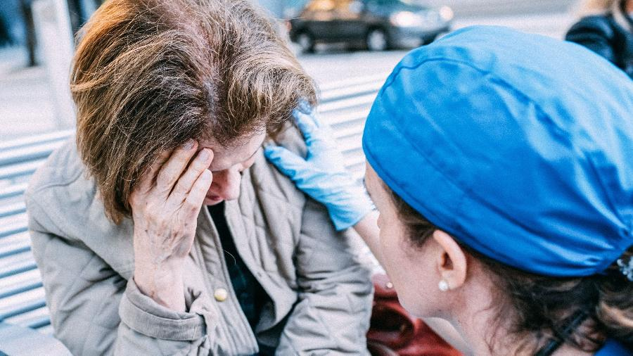 Sintomas de AVC (ou derrame) precisam ser identificados rapidamente - Getty Images
