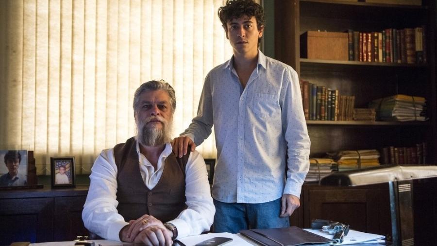 Ramiro (Fábio Assunção) não aceitará que o filho, Ramirinho (Jesuíta Barbosa), se apresente como drag queen - Estevam Avelar/Divulgação/TV Globo