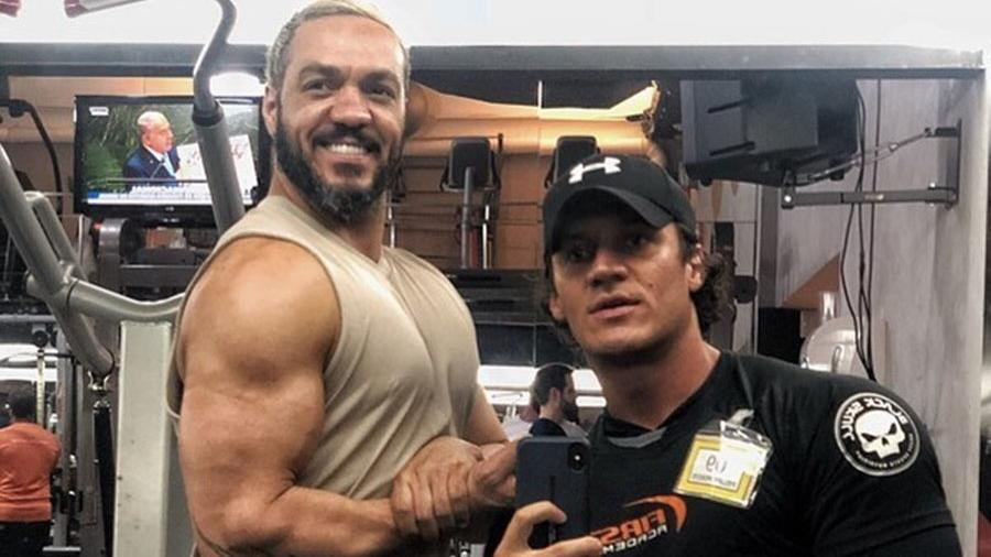 Após treino, Belo exibe braço musculoso - Reprodução/Instagram