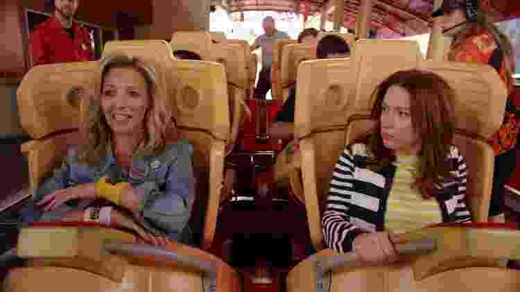 """Lisa Kudrow e Ellie Kemper em """"Unbreakable Kimmy Schmidt"""" - Divulgação/IMDb - Divulgação/IMDb"""