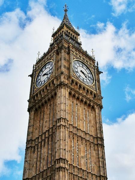 O Big Ben, em Londres, pode estar mais perto de voltar a receber turistas vacinados do mundo todo, até mesmo do Brasil - Getty Images/EyeEm