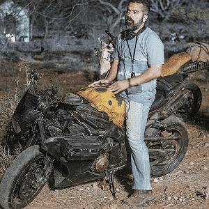 """Homero Olivetto é o roteirista e diretor de """"Reza a Lenda"""" com motos Yamaha - Divulgação"""