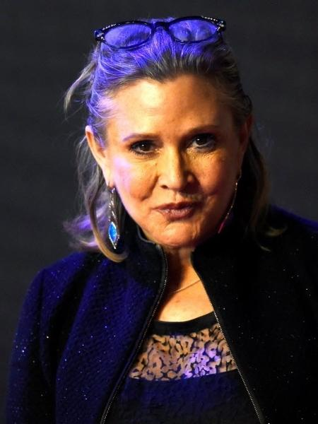 """A atriz Carrie Fisher na pré-estreia de """"Star Wars: O Despertar da Força"""" (2015), em Londres - Reuters"""