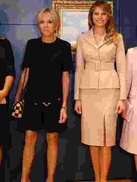 A imprensa francesa é pouco simpática quando o assunto é a primeira-dama. No encontro com Melania Trump, na Bélgica, o que ficou em evidência foi o comprimento da saia de Brigitte  - Reuters/ Francois Lenoir  - Reuters/ Francois Lenoir