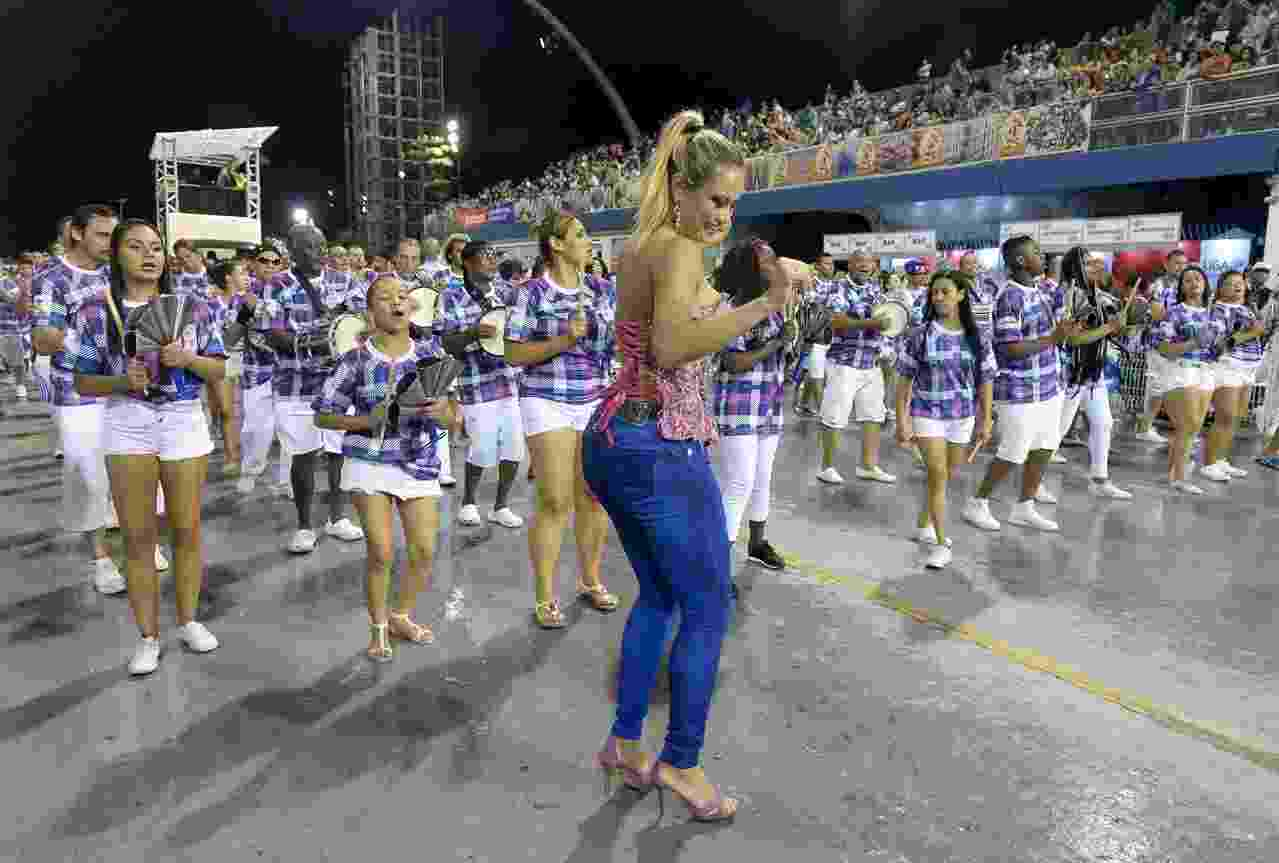Ellen Rocche Ensaio Técnico Rosas de costas - Francisco Cepeda/AgNews
