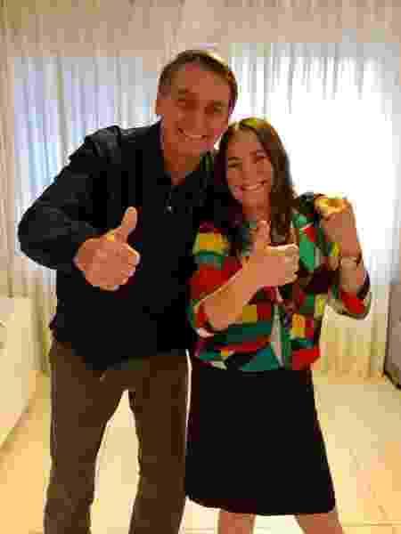 Regina e Bolsonaro fizeram fotos e vídeos juntos - Reprodução/Twitter - Reprodução/Twitter