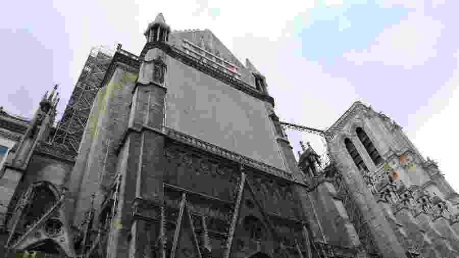 Catedral de Notre-Dame; obras foram paralizadas  - Marcelo Stoppa/Folhapress