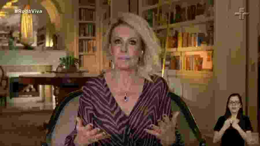 Ana Maria Braga no Roda Viva - Reprodução/TV Cultura