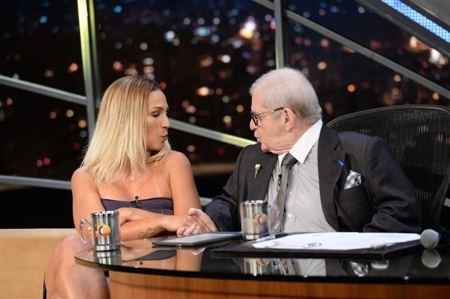 Valesca Popozuda e Jô Soares mandam
