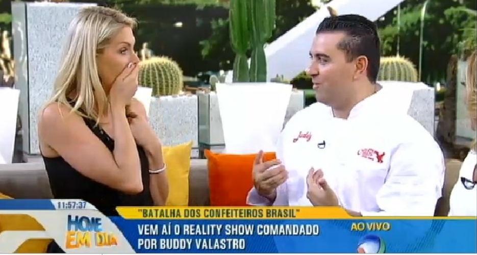 """23.jul.2015 - Ana Hickmann é convidada para ser jurada do """"Batalha dos Confeiteiros Brasil"""""""