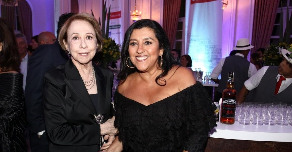 Fernanda Montenegro e Regina Casé durante o Prêmio Cariocas do Ano da revista Veja Rio
