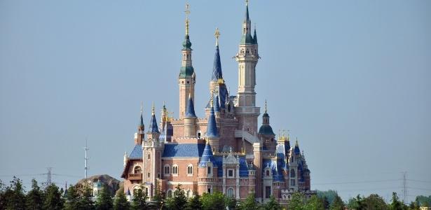 Castelo das Histórias Encantadas, símbolo da Disney de Xangai - Fayhoo/Creative Commons