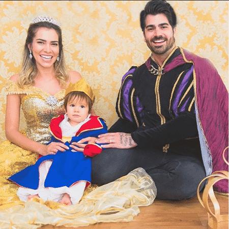 Adriana Sant'anna e Rodrigão com o filho deles, Rodrigo - Reprodução/Instagram - Reprodução/Instagram