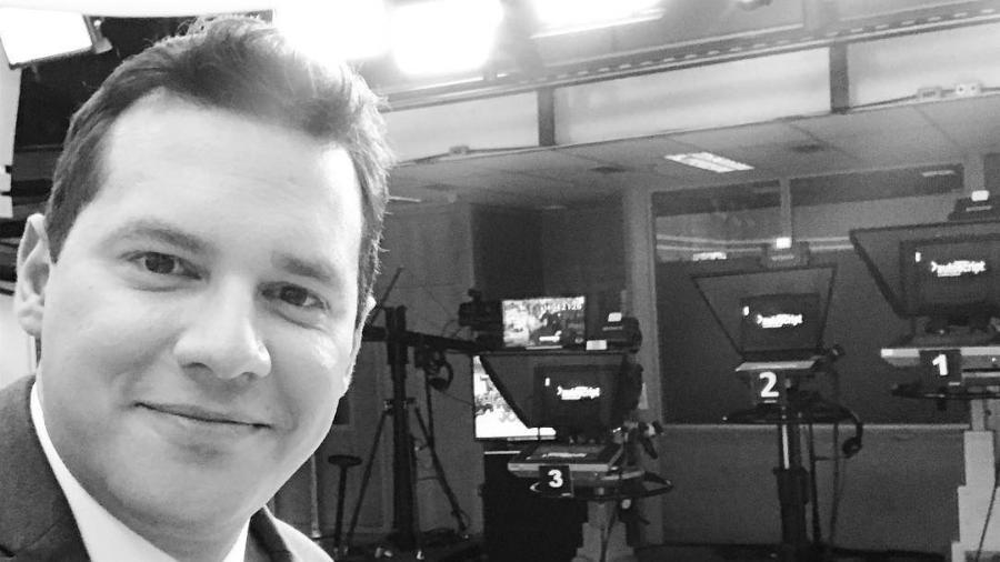 """Dony De Nuccio nos bastidores do """"Jornal Hoje""""; esta noite, estreia no """"Fantástico"""" - Reprodução/Instagram"""