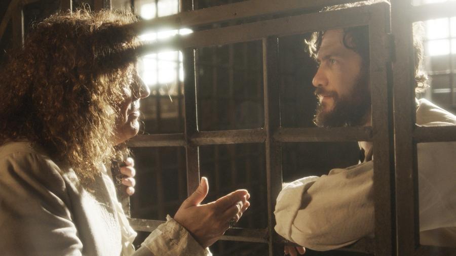 """Sebastião (Roberto Cordovani) e Thomas (Gabriel Braga Nunes) em """"Novo Mundo"""" - Reprodução/GShow"""