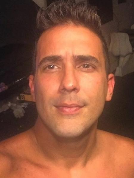 Ao completar 38 anos, André Marques faz a barba para comemorar aniversário - Reprodução/Instagram/euandremarques
