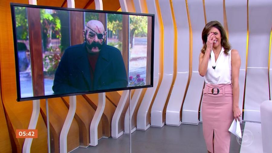 """Monalisa Perrone se assusta com o repórter Rodrigo Alvarez, do """"Hora 1"""" - Reprodução/TV Globo"""