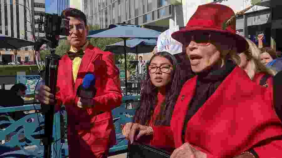 Jane Fonda encabeça protestos por mudanças para conter crise climática - Fernanda Ezabella/UOL