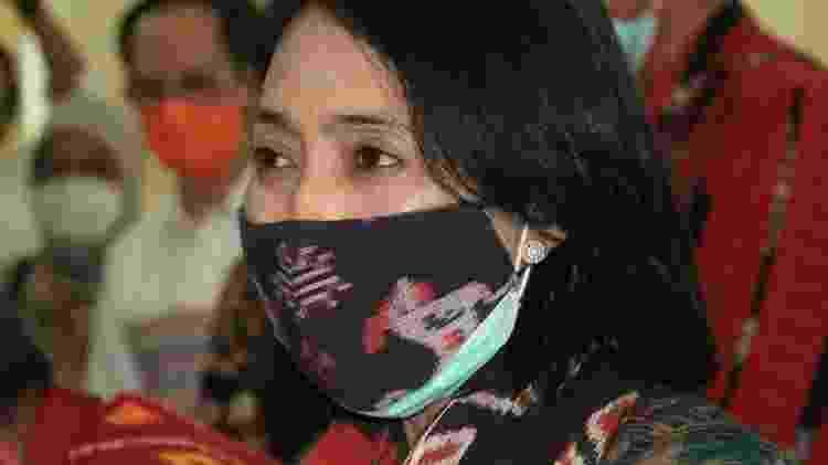 A ministra do Empoderamento das Mulheres, Bintang Puspayoga, prometeu acabar com a prática - BBC - BBC