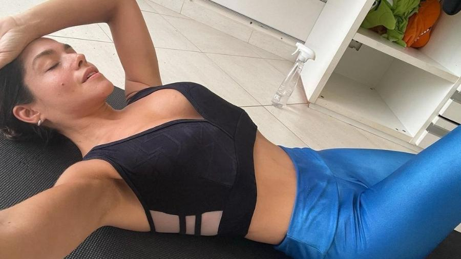 Thais Fersoza publica foto se exercitando no Instagram - Reprodução/Instagram