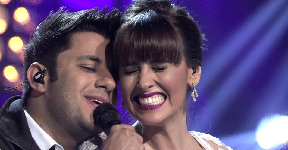 """Cristiano Araújo faz participação especial no DVD da cantora Janaynna na música """"O Amor Sorrindo Pra Gente"""""""