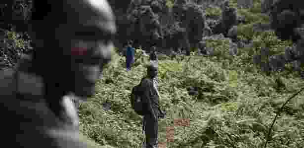 O acesso às áreas dos gorilas em Ruanda costuma ser extremamente restrito - Martina Bacigalupo/The New York Times