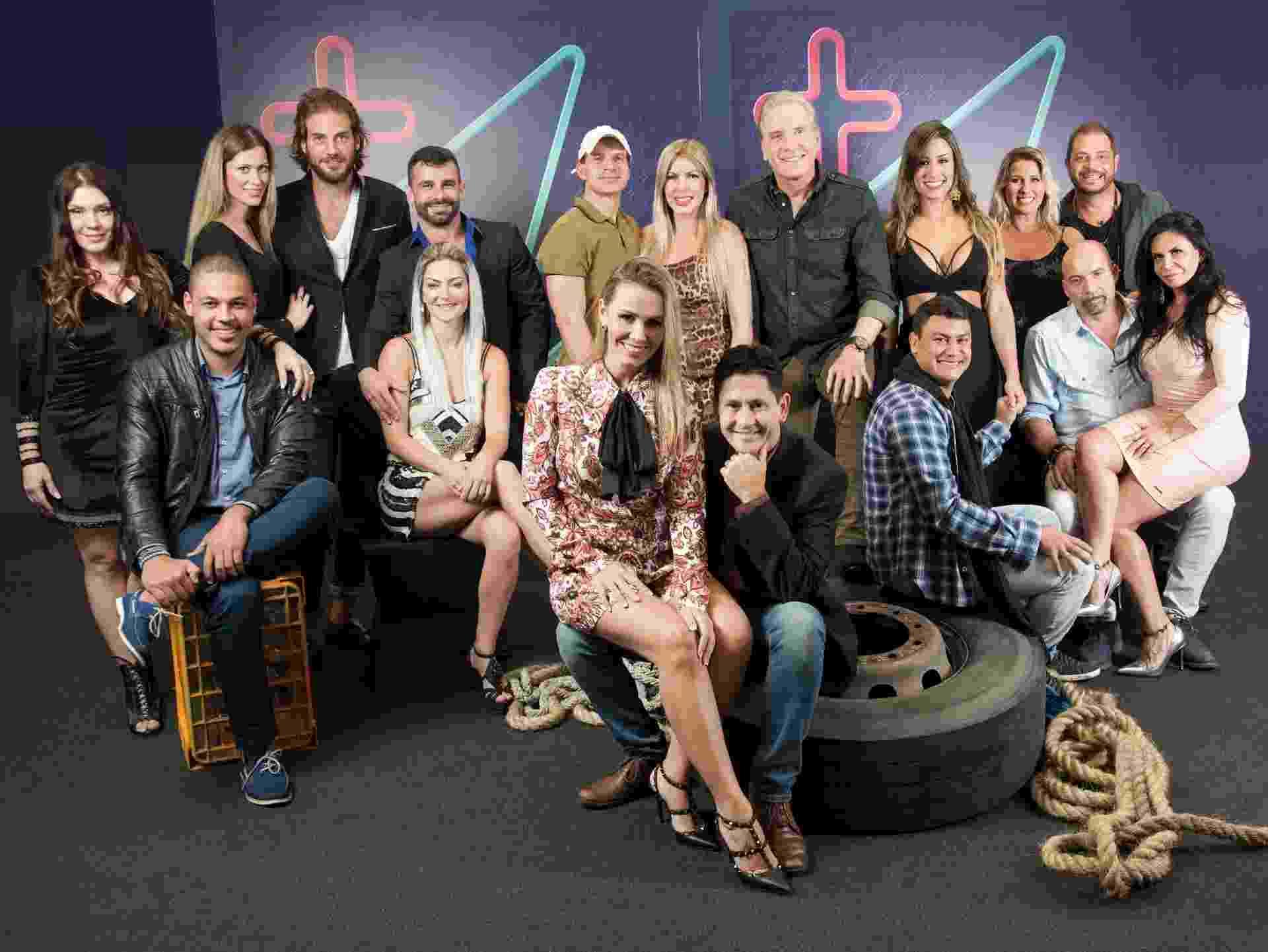 """O apresentador Roberto Justus comanda o reality show """"Power Couple"""", da Record, que mostra a disputa de oito casais famosos por um prêmio que pode chegar a R$ 1 milhão - Edu Moraes/Record"""