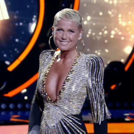 """Xuxa fez o """"Dancing Brasil"""" ao vivo na segunda-feira (10) - Reprodução/TV Record"""