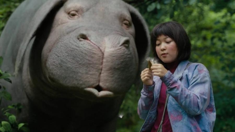 """Cena do filme """"Okja"""", produzido pela Netflix, que causou polêmica no Festival de Cannes - Reprodução"""