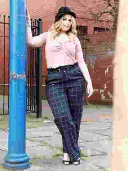 Catrin Stace-Jones se tornou modelo após o marido inscrevê-la em concurso secretamente - Divulgação