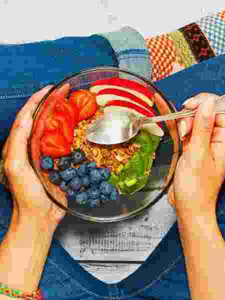 Hábito de comer pela manhã é importante para manter o peso - iStock