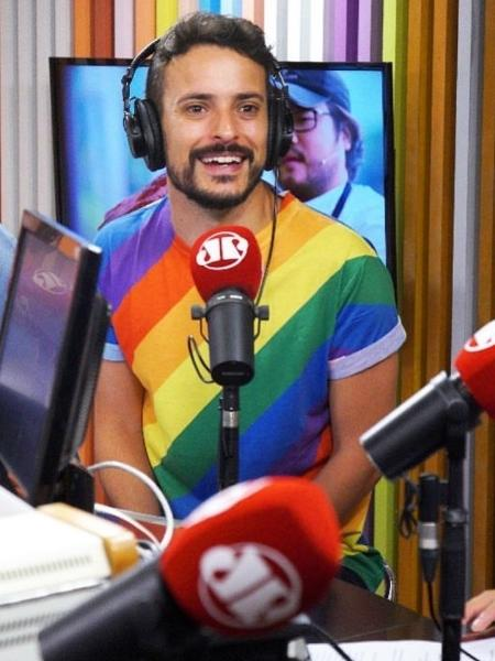 """O jornalista Fernando Oliveira, o Fefito, não renovou com a Jovem Pan, onde apresentava o """"Morning Show"""" - Reprodução/Instagram"""